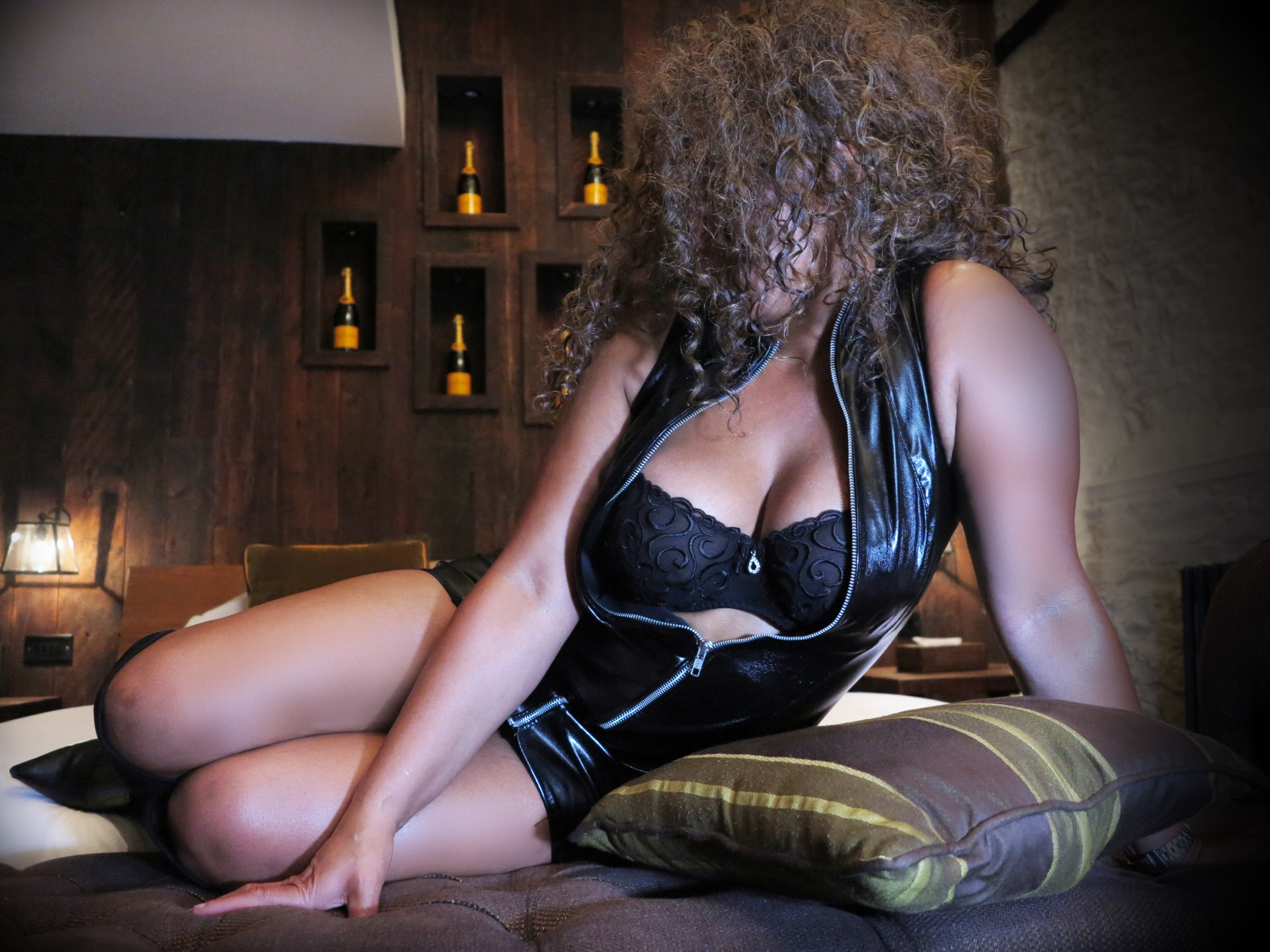 rabuda black escorts bristol